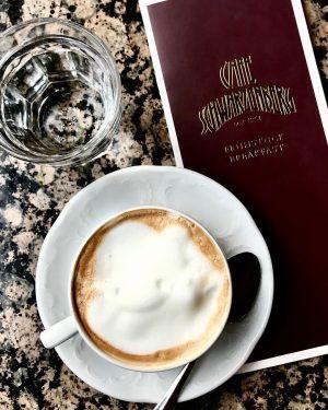 A #melange bitte! #cafeschwarzenberg #vienna #wien #tourist #myhometown #coffee
