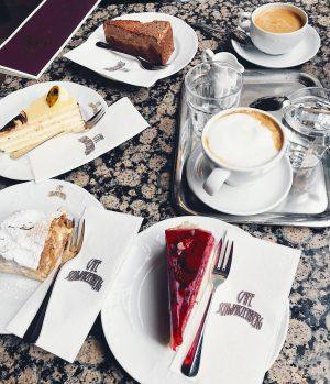 Frühstück ☕️🍰 #vienna#austria