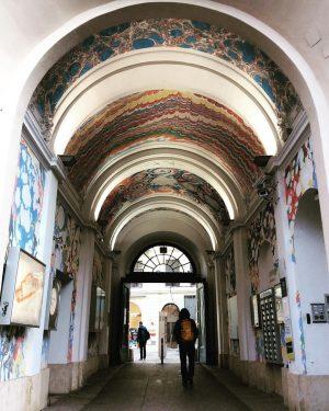 #torbogen#sightseeingtraveller #östereich #wirn#streetart#urbanstyle #museumsquartier