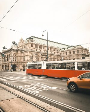 There's something about viennese tram ❤️ #vienna_city #vienna #wien