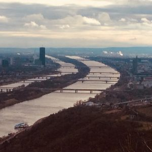 View of Danube river, Vienna as seen from Kahlenberg. #vienna #europeanrivers #wahlheimatwien Kahlenberg