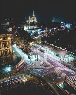 Vienna City Life. ⚡️🌃 by @spoti #viennanow