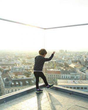 November Sonne ▪️▫️▪️ #hausdesmeereswien #überdendächern #schönerausblick #minime #flakturm #wien #vienna #österreich #austria #wienamsonntag #rooftop #november #novembersonne #igersvienna...