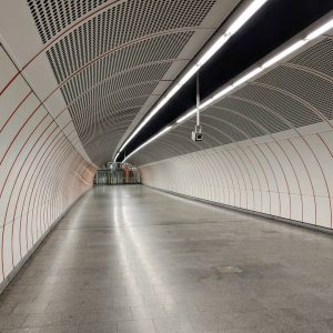 U3. #metro #vienna #tunnel #ubahn #wien #publictransport #wienerlinien #teampixel #infrastructure #underground Wien Westbahnhof