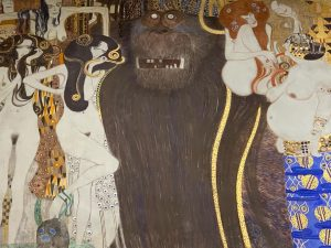 King Kong: Klimt version @viennasecession #judithbenhamouhuetreports #vienna #gustavklimt