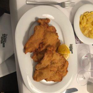 #viennaschnitzel #vienna