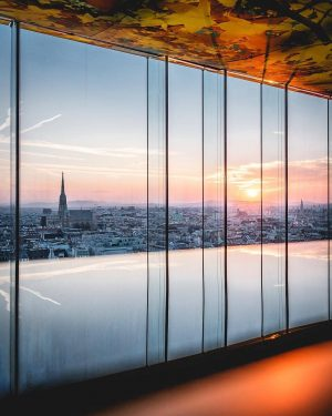 There is great views and there is GREAT views! 😍 Have you ever been at @dasloftwien ?...