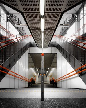 Is symmetry still important in modern architecture? What's your view? Leave a comment! . . . ....