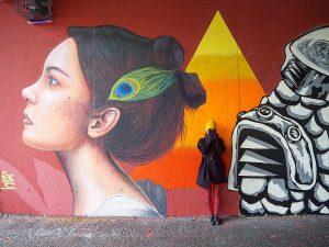 Bad face day 🤦🏽♀️🙈#badface #badfaceday #betcheslovemurals #murals #streetart #wallart #graffiti #viena #wien #camuflage #igvienna #travelgirl #travel #citywalk...
