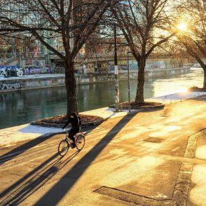 Heute endlich wieder sonnig. Was für ein Start in den Mittwoch! 😊🚲#fahrradwien #biketowork #igersvienna #warumfährstdunicht