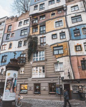 Hundertwasserhaus im #Seitengassl 🏠 . #hundertwasserhaus #landstraße #seitengassl #wien #ring #ersterbezirk #neueraccount #follow4follow #like4likes #vienna #österreich #hauptstadt...