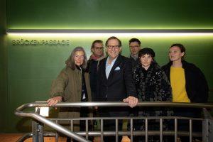 Mi, 18h bei freiem Eintritt: Eröffnung Brücken- & Sternenpassage mit Hotel Palindrone live, ...