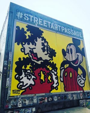 Street art passage 🎨 . . . . . . #streetart #vienna #wien #viennastreetart #viennastreets #quotes #quotesoftheday...