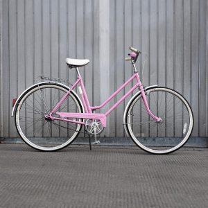 Restored PUCH 3-speed bike . . . #bikeshit #puch #restoration #vintagebike #retrobike #bikelove #ihavethisthingwithbikes #inspiringbicycles #bici #velo...