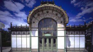 #locationvienna #wien #vienna #filmlocation #ottowagner #pavillonkarlsplatz #pavillon #architecture