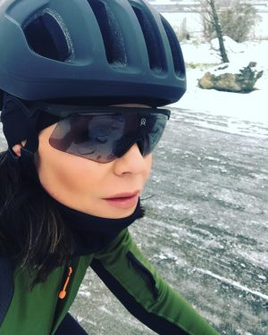▪️Werbung\Advertisement▪️ Sunday Funday 🖤 Enjoyiung first winter ride on my roadbike🤘🏻My usual route was totally covered with...