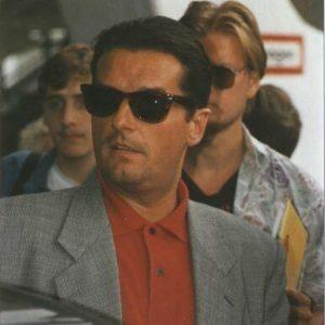 Sonnenbrillen stehen ihn so gut!😍😍😍 • • #falco #falcoforever #wien #österreich #vienna #austria ...