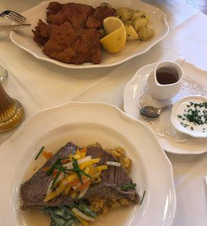 #vienna #sunday #lunch #wienerschnitzel #tafelspitz