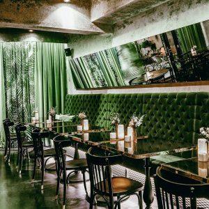 #hiddengem #nightlife #foodies #foodstagram #foodporn #dinner #cocktailbar #designrestaurants #viennanightlife #latenightdinner #lovelife #instagood #welovevienna #vienna #austria #winelovers #igersvienna...