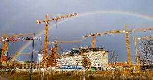 Rainbow porn 🌈🌈🌈 #RainbowPorn #ChristmasRainbow #Aprilwetter #Sonnwendviertel #XMas #Baustelle #WienFavoriten #Favoriten #1100Wien #StadtWien #IgersVienna #ZehnterHieb #Viennagram #ViennaOnline...