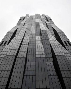Batman's HQ | 🏢🦇⬛ • • DC Tower 1 | Dominique Perreault • • #vienna #thecreatorclass #1_unlimited...