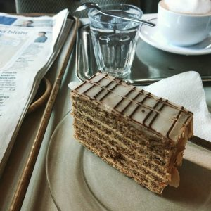 #vienna #kaffeehaus #eszterházy #melange #tradition
