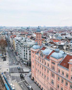 How not to love this city? ❤️🏢🕌🏛🏬 . . . . . #Vienna #hausdesmeeres #cityscape #cityview #viennacity...