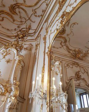 📌Vienna, Austria | December 2018 #wonderful_places #igtravels #instatravel #traveller #travel #travels #photography #travelphotography #travelblogger #nature #picoftheday #dreamworldimages...