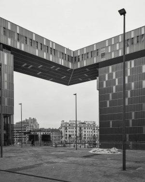 #vienna #vienna🇦🇹 #austria #wien #pictoturo #photography #architecture #ilikevienna #wienistanders #vienna_city #vienna_austria #blackandwhite #bw #black #white