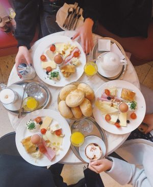 I love European breakfasts! We ate a lot of great food this trip, but the Klimt breakfast...