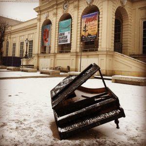 #muqua #lovethisplace #vienna #greatplace #snowinthecity #winter #museumsquartier #art #dieschönstenorteösterreichs Museumsquartier Halle E
