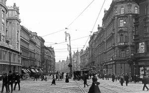 """Mariahilferstraße um 1913 mit dem """"Stafa Tower"""" (links im Bild), ursprünglich (1911)"""