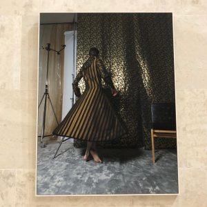 🇦🇹Austrian Designer❤️Arthur Arbesser! All about lines and movement! Nice👗 #arthurarbesser#austriandesign#dress#vestido#lineas#movimiento#lines#movements#vienna#leopoldmuseum