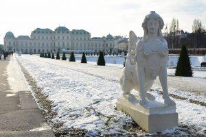 📷 C'è la neveeeeee. E niente, mi è subito tornato in mente il soggiorno a Vienna: appena...