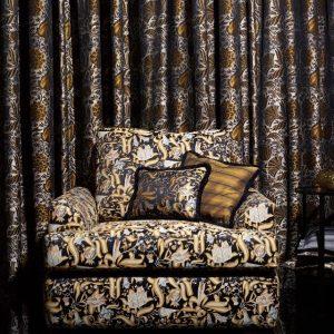 In Love with #dagobertpeche 🖤💛#backhausen #backhausen_original #upholstery #textiledesign #craftmanshipmatters #austria #ornaments #moderne #wienermoderne #avantgarde