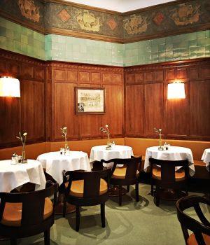 #zumschwarzenkameel #vienna #traditional #bar #restaurant #beletage #delicatess #patisserie Zum Schwarzen Kameel