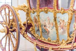 The Golden Carriage is definitely the heart of the Sala Terrena. 💛 It is one of the...
