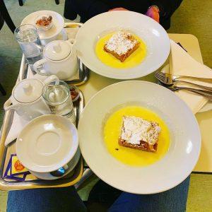 Super #apfelstrudel 😋 @cafekorb in #vienna #austria 🇦🇹 ❤️