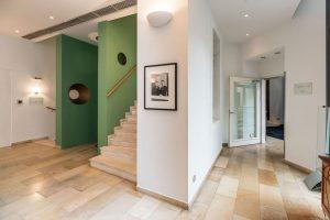Eingangsbereich im Hotel Triest. ⠀ .⠀ .⠀ .⠀ #dastriest #design #interiordesign #designlovers #architecture #wieden #rilkeplatz #wienliebe #designhotels...