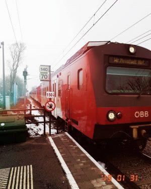 Guten Morgen :) #öbb #öbb4020 #strebersdorf #1210wien #work #lindeverlag #swk #kodex #friday