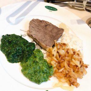 维也纳百年老店 sisi公主生前比较喜欢的店plachutta 牛肉汤味道很不错