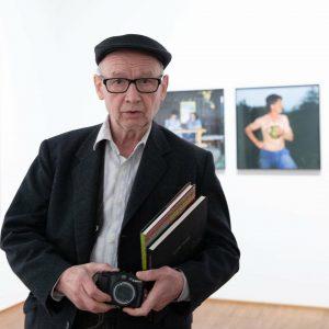 25 000 Fotos pro Jahr mit dieser Kamera...mit Blitz. #ManfredWillmann spezifischer #Fokus aufs ...