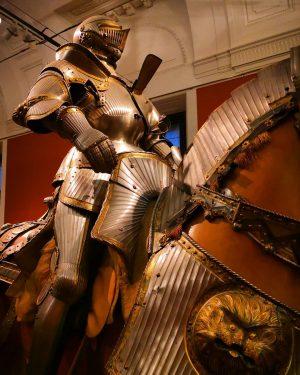 #vienna #WeltmuseumWien #hofjagdundrüstkammer #ethnomuseum #museum #exhibition #inlovewithvienna #exploringvienna #discovervienna #unlimitedvienna #wienliebe #viennaposts #ViennaNow ❤️ #ViennaGoForIt #wienervibes #viennagram...