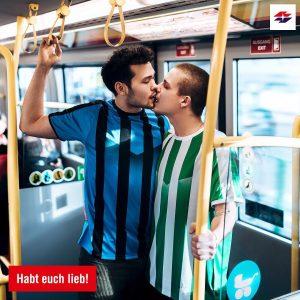 Egal ob Valentinstag oder Match-Day❤️ #bussibussi #wienliebe #wienerlinien #happyvalentinesday #wienerlinienliebe