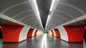 #throwback #ubahn #simmetry #phonephotography #xperia #xa1ultra