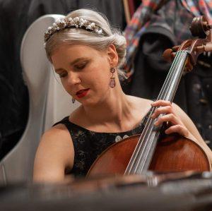 #ballderwienerphilharmoniker #cellist #wienerphilharmoniker #musicianslife #scandinaviancelloschool #loredesign #bamcases