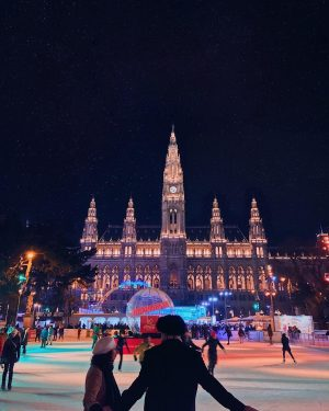 Ice skating in front of Vienna's city hall is such a magical experience. Especially at night when...
