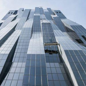 DC Tower Vienna #austria #vienna #viennanow #viennagoforit #glass #dctowervienna #dctower #photography #photographer #rolitpics #sonyalpha DC-Towers