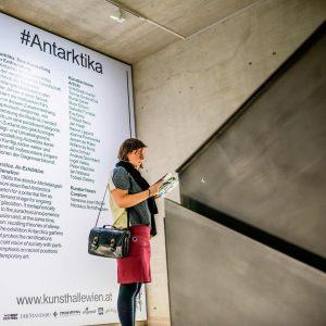 #Antarktika - Spannende Ausstellung zum Thema Entfremdung, in der Kunsthalle Wien. . #photography #sonntagsausflug #museum #contemporaryart #kunsthallewien...