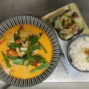Alles Curry ☺️? /// CAFÉ LEOPOLD